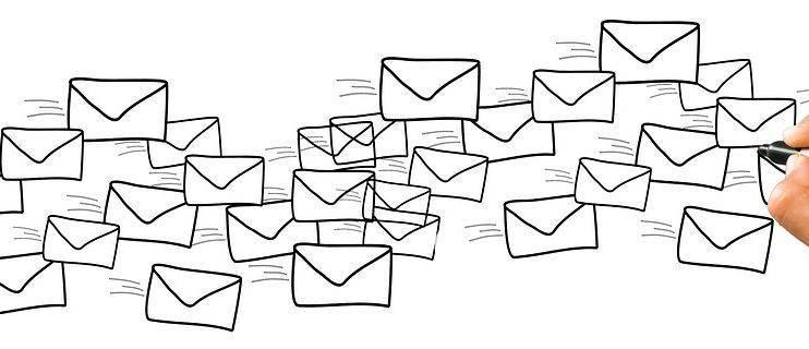 Lernen Sie, E-Mails mit System zu schreiben mit erfolgreichem E-Mail Management!