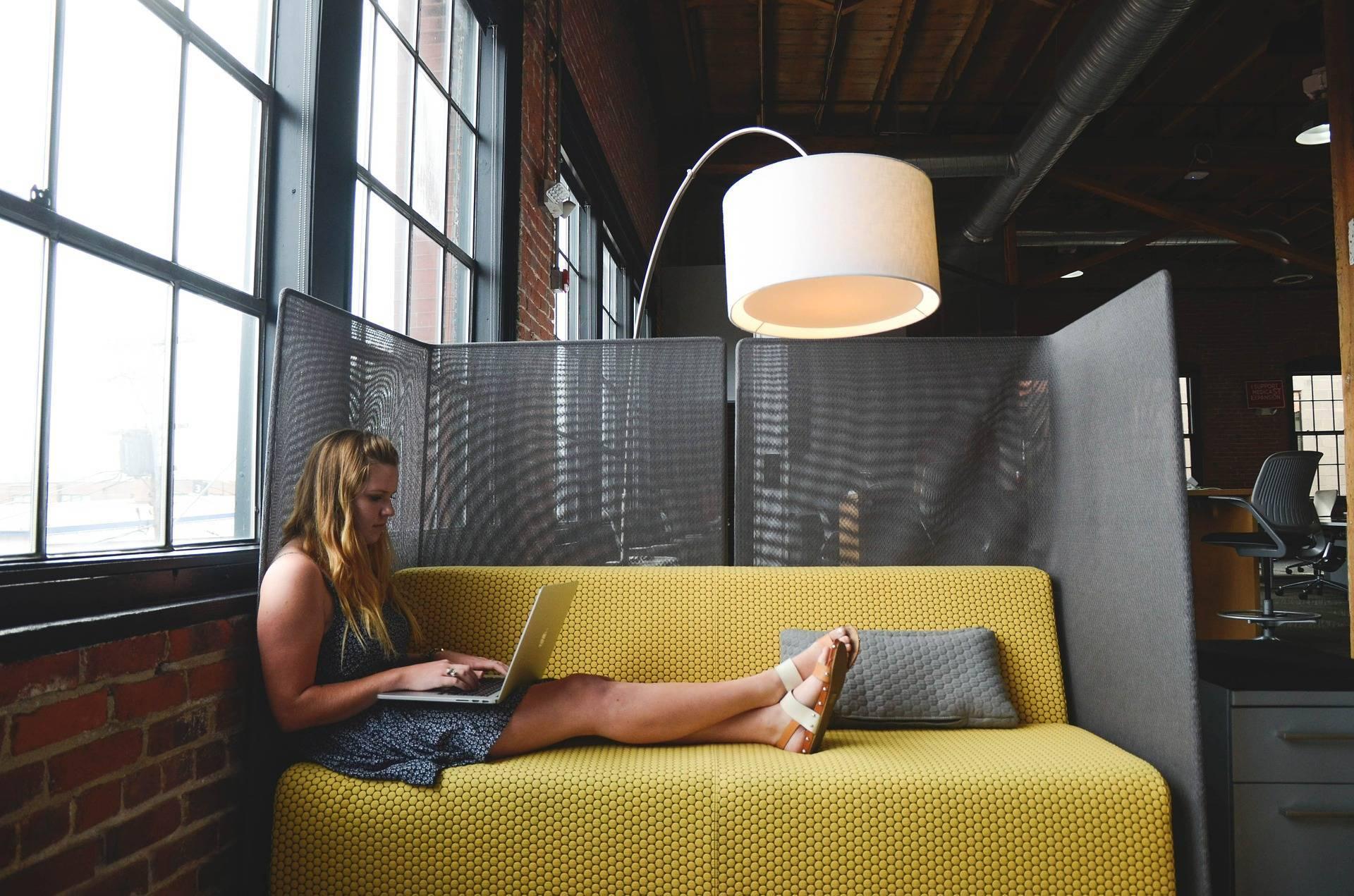 Moderne und ergonomische Stühle für Ihre Räumlichkeiten